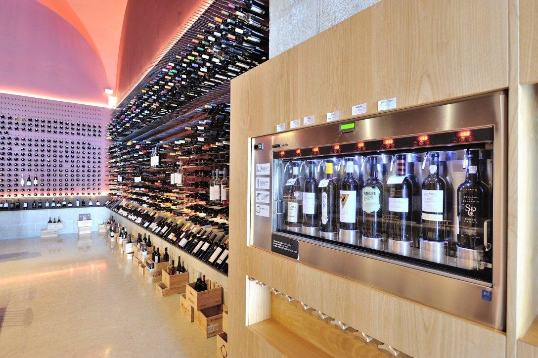 sala-de-provas-vinhos[1]